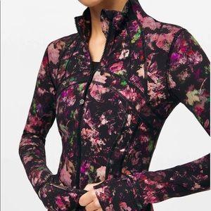 NWT Lululemon Define Jacket Luxtreme Size 4